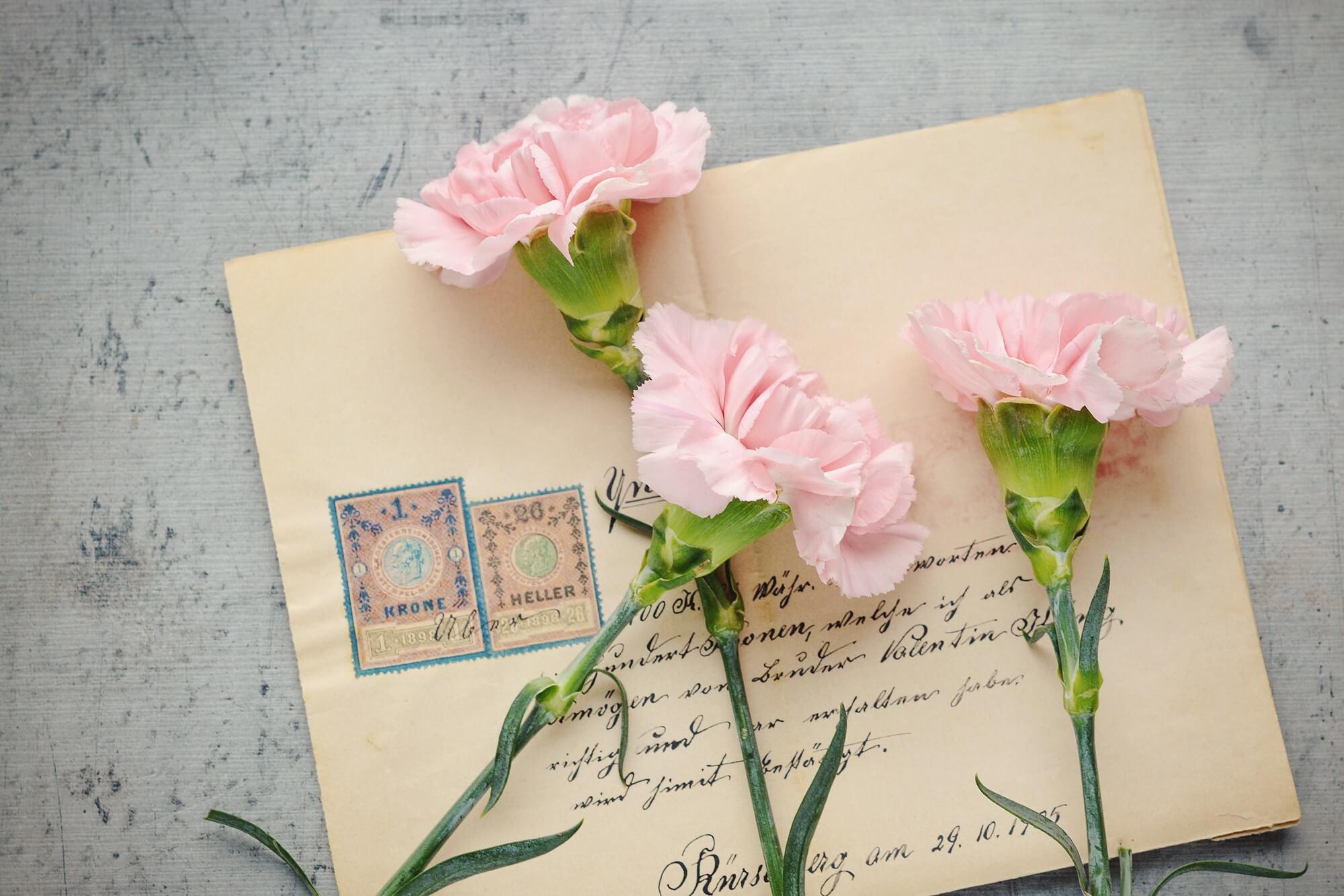花と一緒に届いた手紙