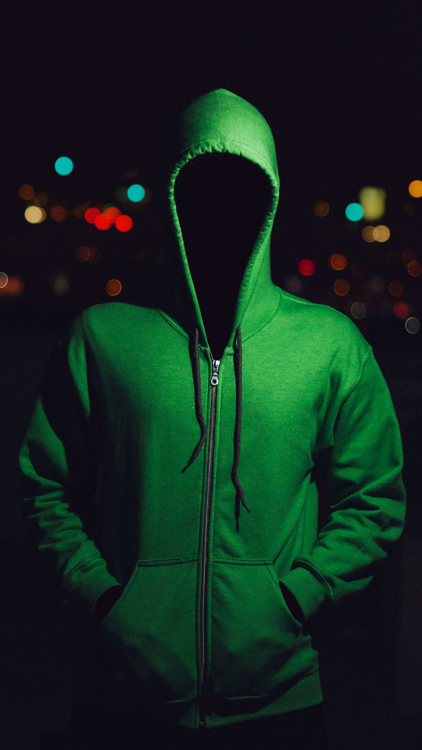緑ののっぺらぼう